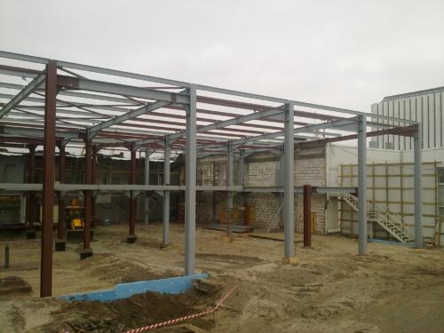 Изготовление и монтаж металлоконструкций автосалона КИА
