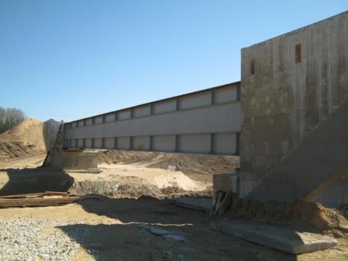 Производство мостовых металлоконструкций для железнодорожного моста через реку Чёрная