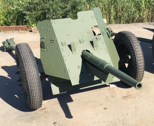 Реставрация техники ВОВ - пушка